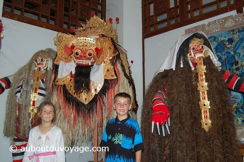 Indonésie Bali Ubud barong jumeaux