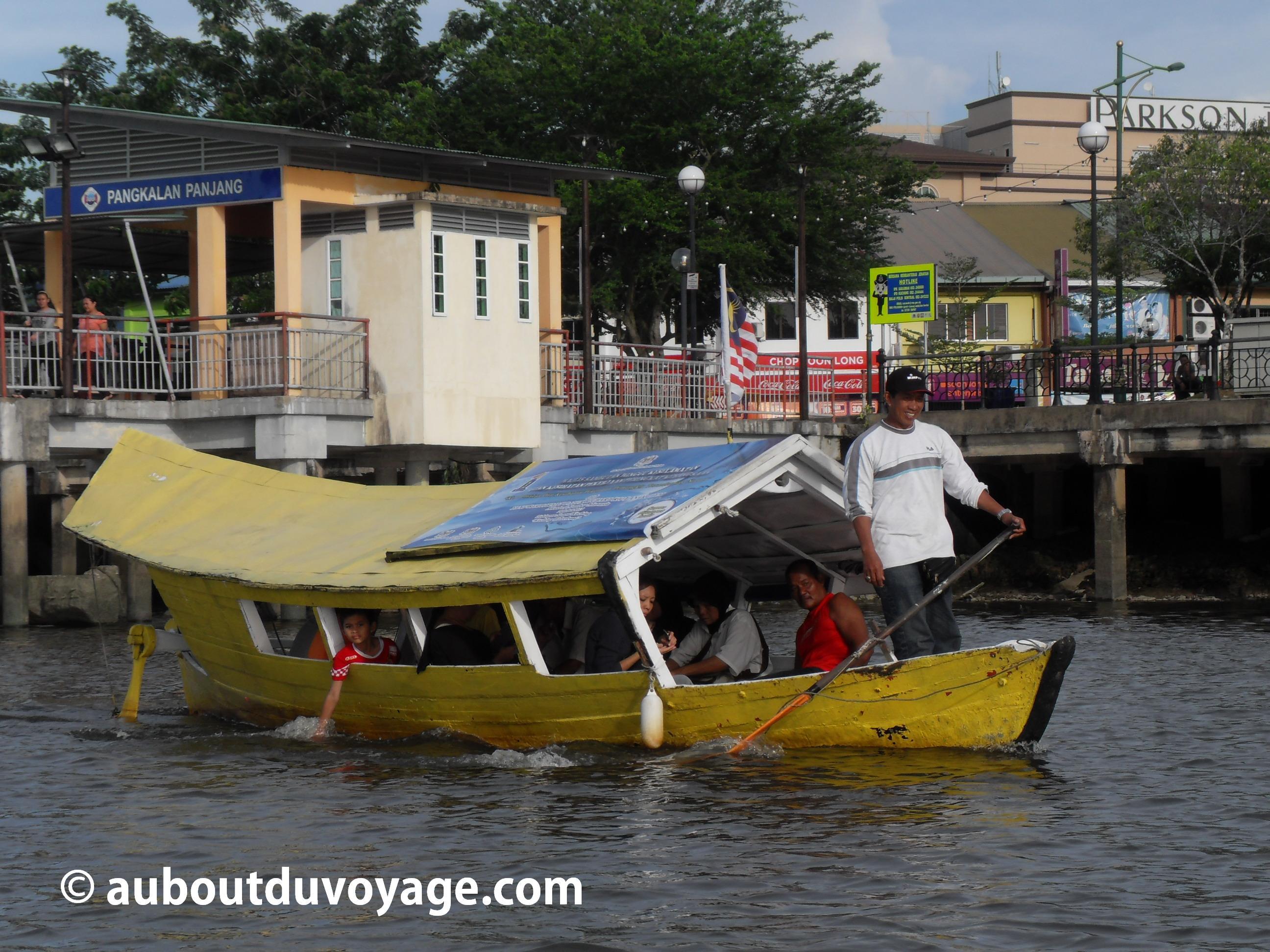 Kuching Bornéo Sarawak bateau
