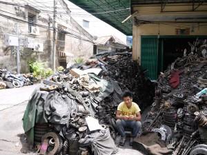 Quelques années d'activité en tant que garagiste au centre de Bangkok ça donne ça